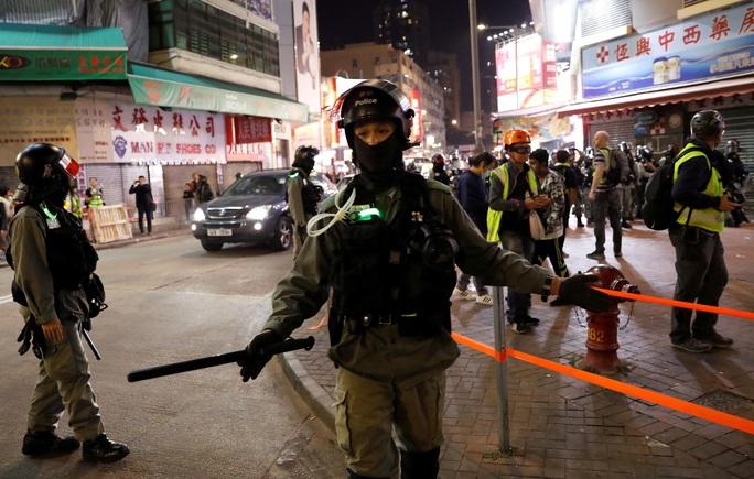 Hồng Kông: Mong manh bầu cử - Ảnh 1.