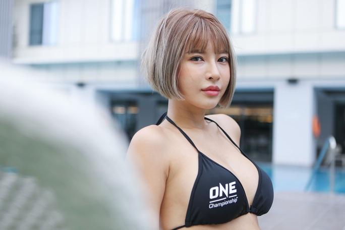 Bỏng mắt trước 7 Ring Girl nóng bỏng sẽ xuất hiện tại trận đấu của Duy Nhất - Ảnh 4.