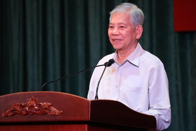 Nguyên Chủ tịch nước Nguyễn Minh Triết nói chuyện với thanh niên - Ảnh 1.