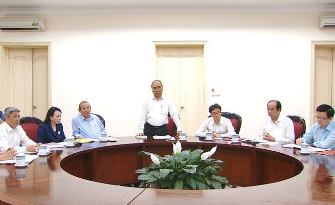 Ai phụ trách Bộ Y tế sau khi Quốc hội miễn nhiệm Bộ trưởng Nguyễn Thị Kim Tiến? - Ảnh 1.