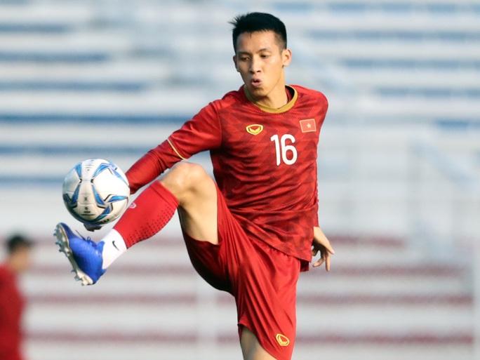 Thầy Park động viên 2 cầu thủ có vợ con, còn đi đá SEA Games - Ảnh 2.