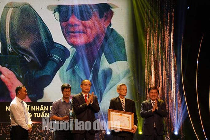 77 nghệ sĩ được TP HCM thưởng thêm trong lễ vinh danh - Ảnh 7.