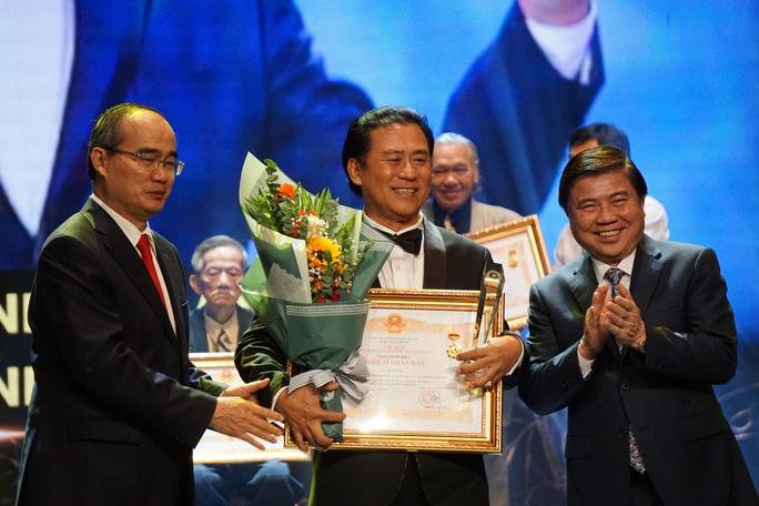 77 nghệ sĩ được TP HCM thưởng thêm trong lễ vinh danh - Ảnh 8.