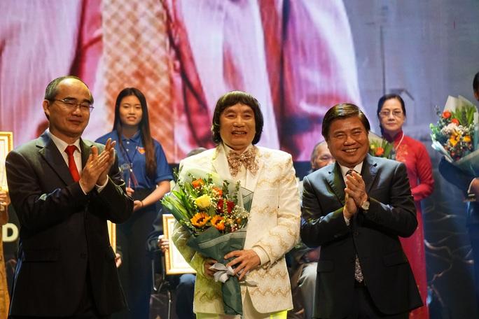 77 nghệ sĩ được TP HCM thưởng thêm trong lễ vinh danh - Ảnh 10.
