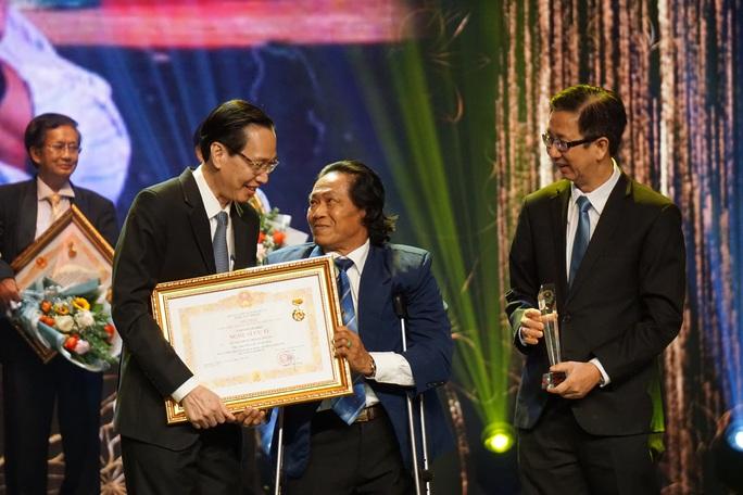 77 nghệ sĩ được TP HCM thưởng thêm trong lễ vinh danh - Ảnh 17.