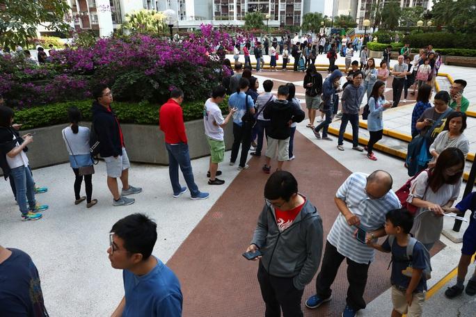 Phép thử ở Hồng Kông - Ảnh 1.