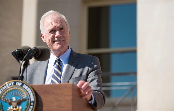 Bộ trưởng Hải quân Mỹ bị sa thải - Ảnh 1.