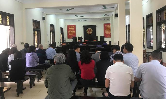 Xử vụ đánh bạc ngàn tỉ giai đoạn 2: Hoãn tòa do cựu Bộ trưởng Trương Minh Tuấn vắng mặt - Ảnh 4.