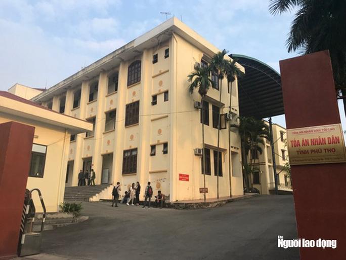 Xử vụ đánh bạc ngàn tỉ giai đoạn 2: Hoãn tòa do cựu Bộ trưởng Trương Minh Tuấn vắng mặt - Ảnh 1.