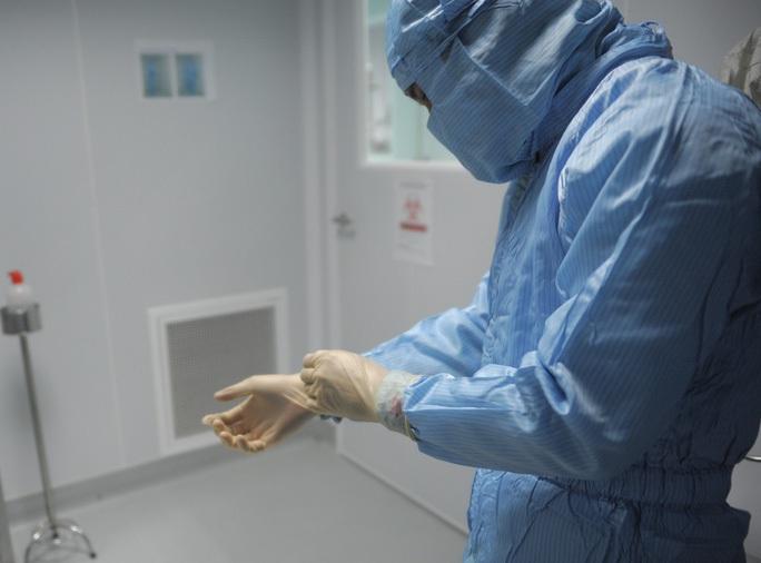 Lần đầu tiên Việt Nam tổng hợp gen sản xuất vắc-xin cúm A/H5N1 - Ảnh 1.