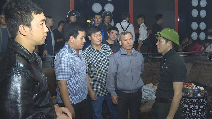 Ngày làm việc đầu tiên của đại tá Vũ Hồng Văn với cương vị Giám đốc Công an Đồng Nai - Ảnh 2.