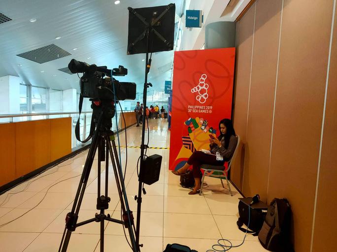 Trung tâm báo chí SEA Games 30 tại Manila hối hả chạy đua cùng thời gian - Ảnh 4.