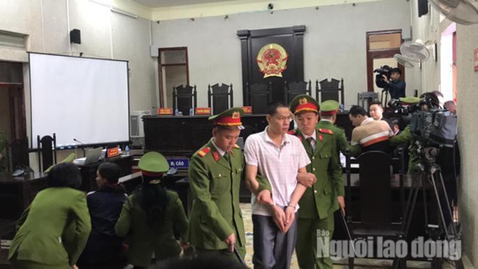 Mẹ nữ sinh giao gà khóc trong phiên tòa bị xử cùng nhóm đối tượng sát hại con mình - Ảnh 8.