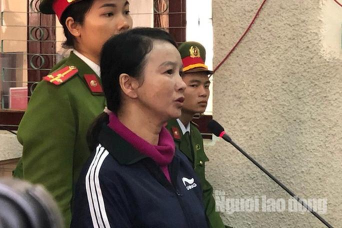 Mẹ nữ sinh giao gà khóc trong phiên tòa bị xử cùng nhóm đối tượng sát hại con mình - Ảnh 15.