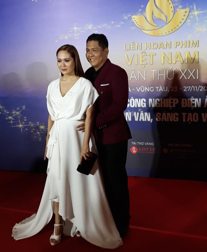 Lan Phương, Ngọc Ánh, Thanh Thuý đọ sắc trên thảm đỏ liên hoan phim - Ảnh 3.