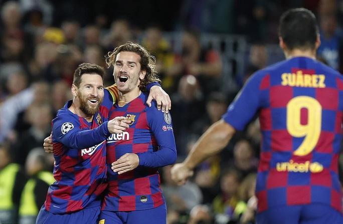 Messi thăng hoa trận 700, Barcelona vượt vòng bảng Champions League - Ảnh 7.