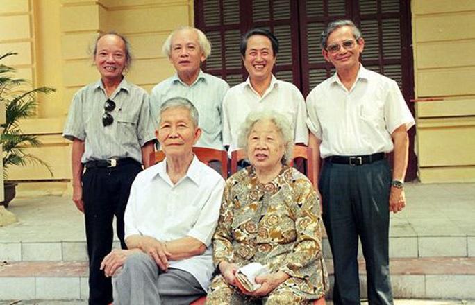 Giáo sư Hà Văn Tấn qua đời ở tuổi 82 - Ảnh 2.