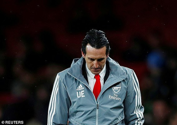 Arsenal thất bại ở Europa League, Unai Emery bị yêu cầu từ chức - Ảnh 5.
