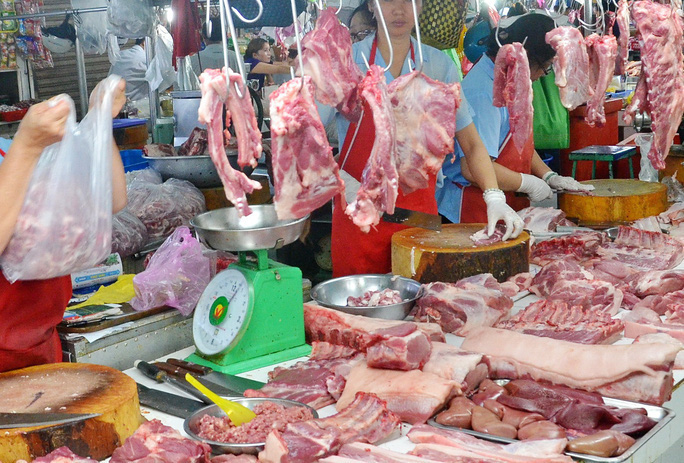 Nguồn cung thịt heo giảm, CPI tháng 11 tăng cao nhất trong 9 năm - Ảnh 1.