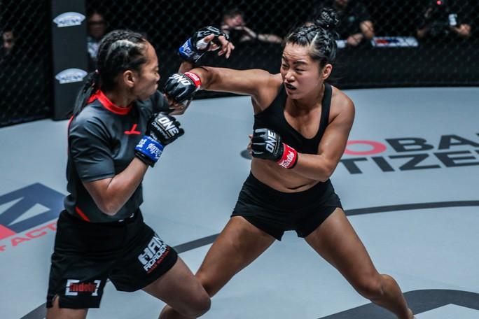 Nữ võ sĩ Bi Nguyễn tái xuất ONE Championship, đối đầu nhà vô địch Thái Lan - Ảnh 1.