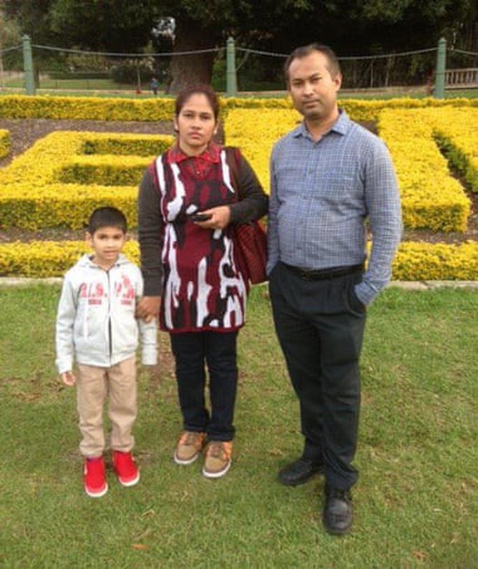 Cậu bé 5 tuổi  bị trục xuất khỏi Úc vì khuyết tật nhẹ - Ảnh 2.