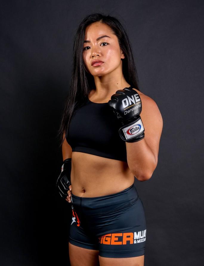 Nữ võ sĩ Bi Nguyễn tái xuất ONE Championship, đối đầu nhà vô địch Thái Lan - Ảnh 2.