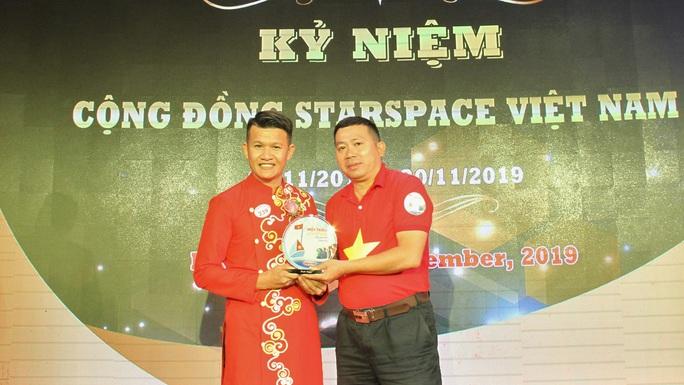 Cộng đồng StarSpace Việt Nam ủng hộ ngư dân bám biển - Ảnh 1.