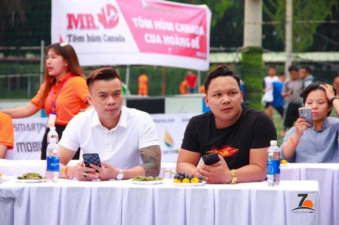 Chuyện ông bầu Futsal mời Phan Văn Đức, Minh Vương làm người mẫu thể thao - Ảnh 4.