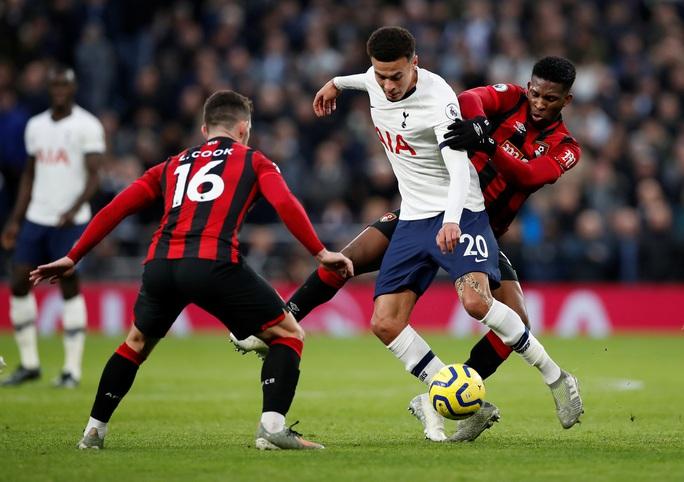 Nghẹt thở đua tỉ số, Tottenham hồi sinh khó tin với Mourinho - Ảnh 4.