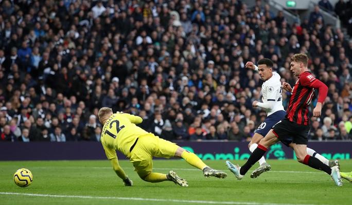 Nghẹt thở đua tỉ số, Tottenham hồi sinh khó tin với Mourinho - Ảnh 2.