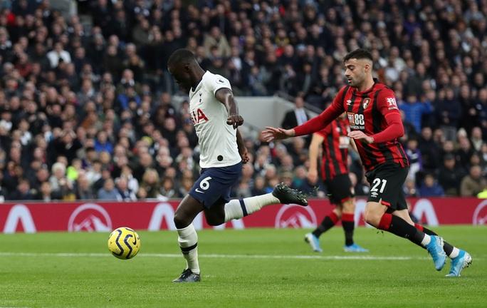 Nghẹt thở đua tỉ số, Tottenham hồi sinh khó tin với Mourinho - Ảnh 3.