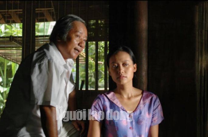 Diễn viên Hồng Ánh bồi hồi gặp lại đạo diễn Nguyễn Vinh Sơn - Ảnh 3.