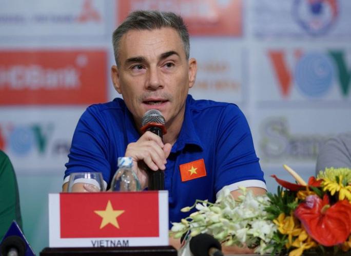 HLV Miguel Rodrigo bất ngờ chia tay tuyển futsal Việt Nam - Ảnh 1.