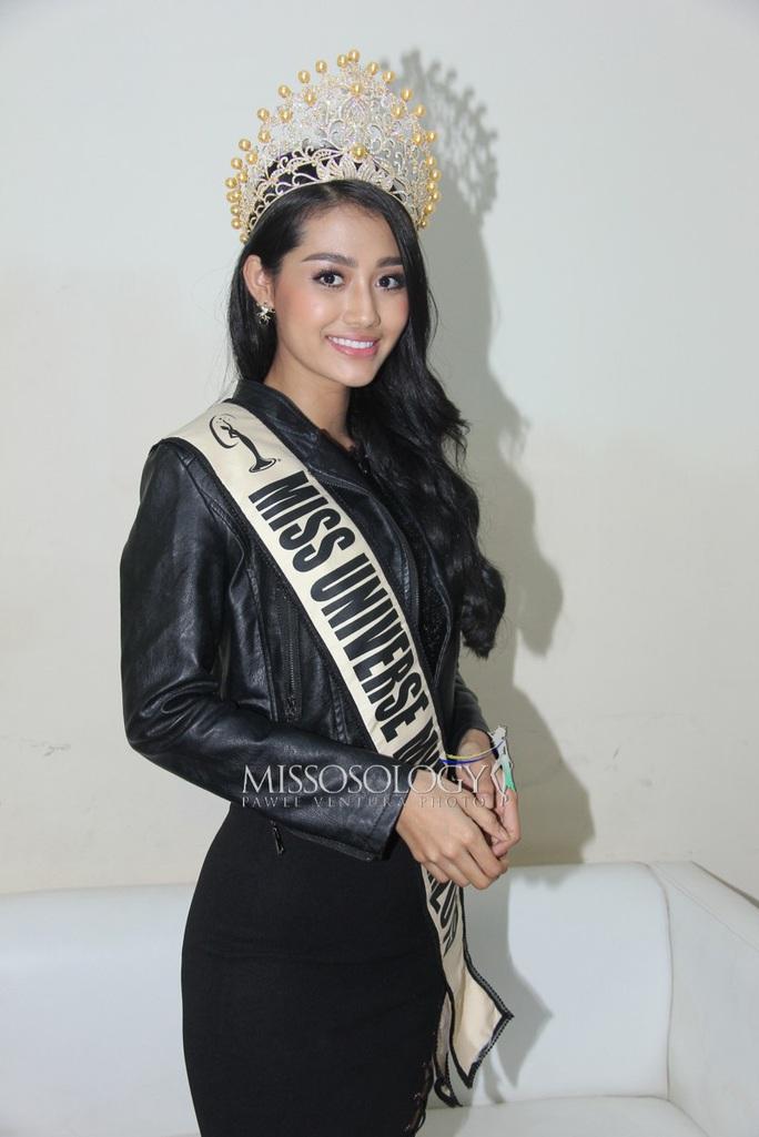Hoa hậu Hoàn vũ Myanmar công khai chuyện đồng tính - Ảnh 5.