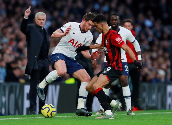 Nghẹt thở đua tỉ số, Tottenham hồi sinh khó tin với Mourinho - Ảnh 1.