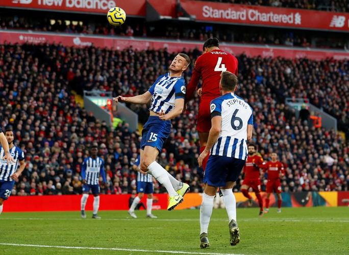 Van Dijk lập cú đúp, Liverpool nối dài kỷ lục không tưởng - Ảnh 1.