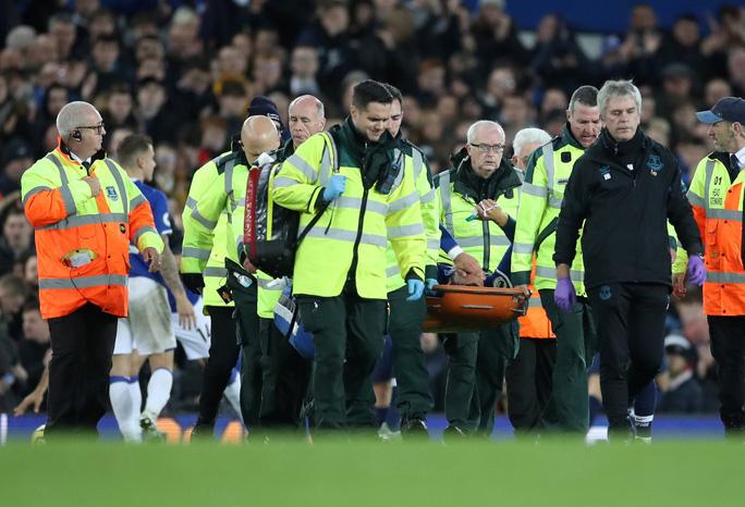 Son Heung-min đốn gãy chân đối thủ, Tottenham tiếp tục sa lầy - Ảnh 4.