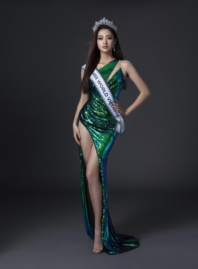 Sau khi bị chê béo, Lương Thuỳ Linh xuất hiện xinh đẹp trên trang chủ Miss World - Ảnh 6.