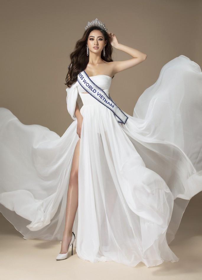 Sau khi bị chê béo, Lương Thuỳ Linh xuất hiện xinh đẹp trên trang chủ Miss World - Ảnh 2.