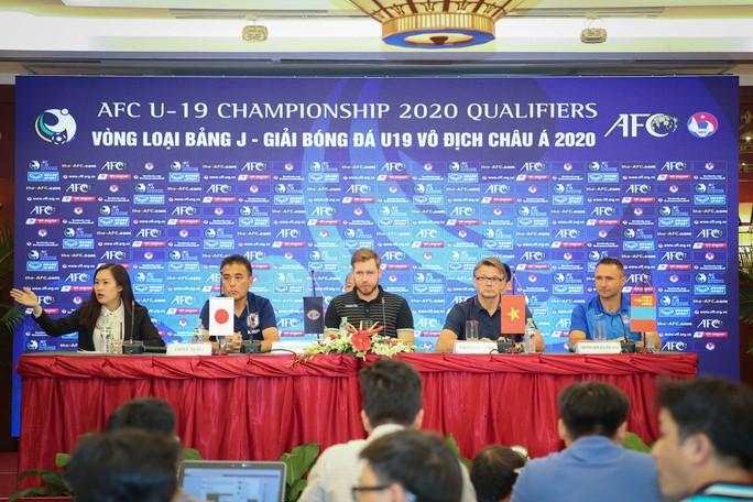 HLV Troussier: Tuyển U19 Việt Nam tự tin sẽ vào VCK châu Á 2020 - Ảnh 2.
