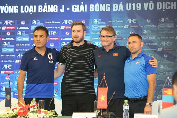 HLV Troussier: Tuyển U19 Việt Nam tự tin sẽ vào VCK châu Á 2020 - Ảnh 3.