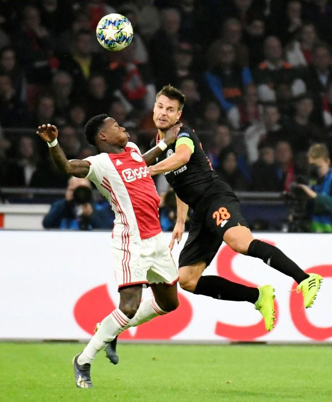 Chelsea, Ajax đá chung kết sớm ở Stamford Bridge - Ảnh 5.