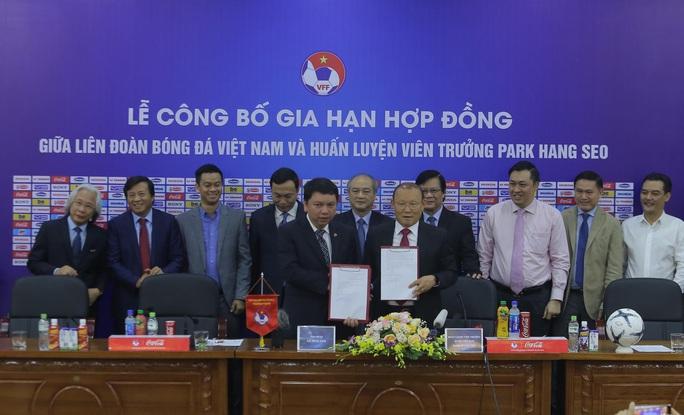 HLV Park Hang-seo bộc bạch mục tiêu, tâm huyết sau khi ký gia hạn hợp đồng - Ảnh 6.
