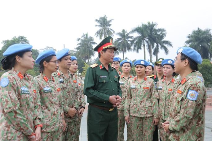 Báo công dâng Bác của Bệnh viện dã chiến trước khi lên đường gìn giữ hòa bình LHQ - Ảnh 23.
