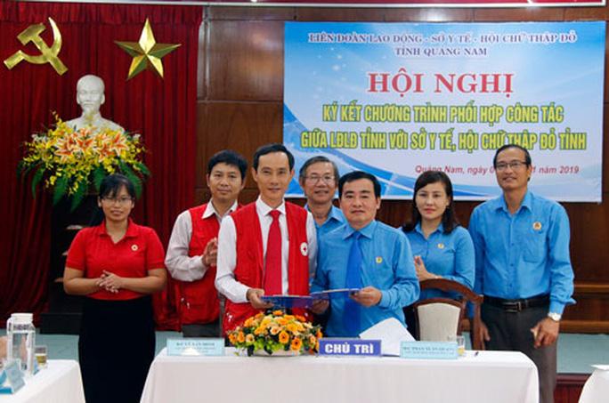 Quảng Nam: Hợp tác chăm sóc sức khỏe đoàn viên - Ảnh 1.