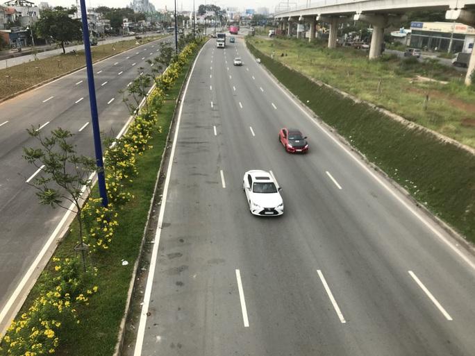 Ngày mai, áp lực giao thông cửa ngõ phía Đông TP HCM sẽ được giải tỏa - Ảnh 1.