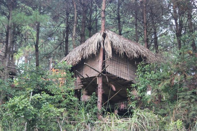 Cận cảnh công trình bí mật trên núi ở Lạng Sơn nghi là phim trường của nhóm người Trung Quốc - Ảnh 11.
