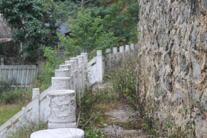 Cận cảnh công trình bí mật trên núi ở Lạng Sơn nghi là phim trường của nhóm người Trung Quốc - Ảnh 23.