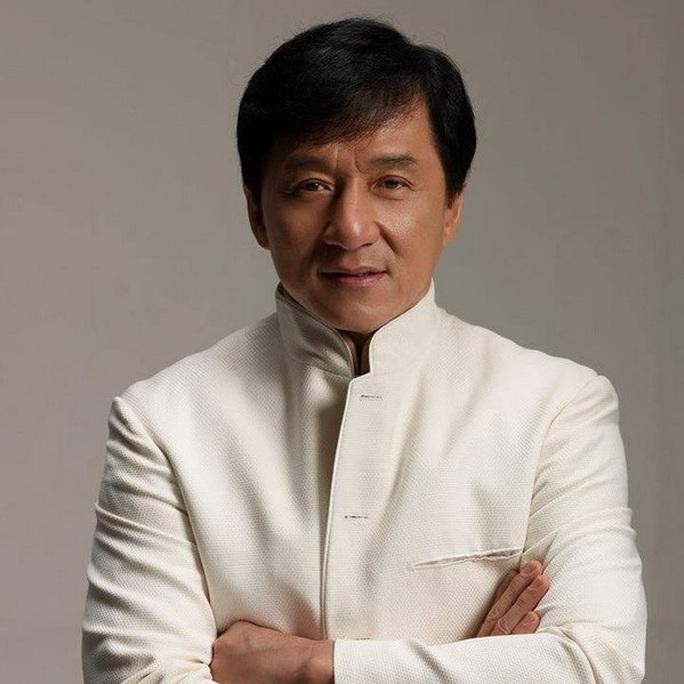 Phản đối diễn viên Thành Long sang Việt Nam vì ủng hộ đường lưỡi bò - Ảnh 3.