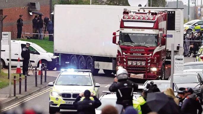 Nhìn lại thảm kịch 39 thi thể trong container đông lạnh ở Anh - Ảnh 2.
